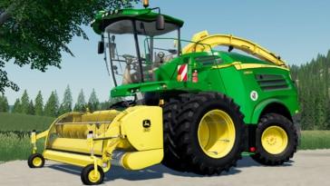 Close up of the John Deere 8000 Series forage harvester mod for Farming Simulator 19