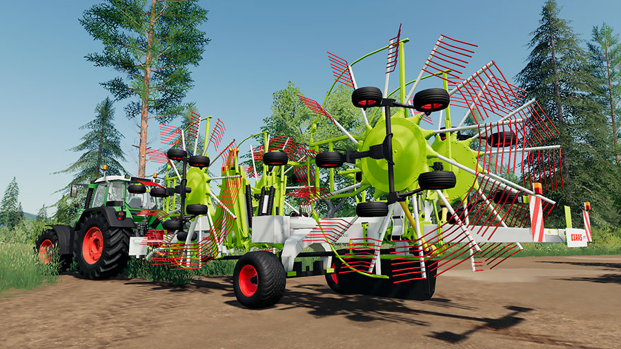 The Claas Liner 4000 folded during transport