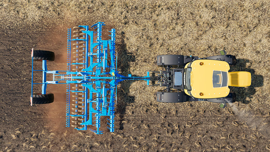 An image from above, demonstrating the working width of the Lemken Heliodor 9/600