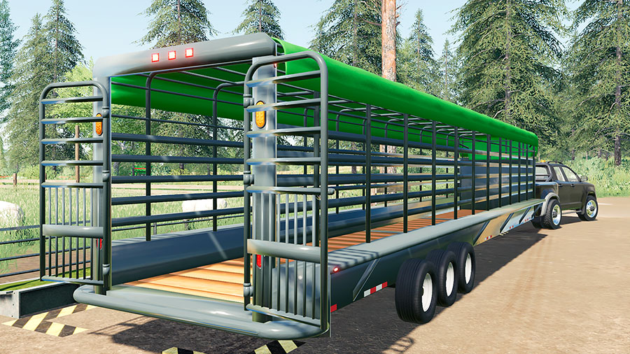 The Lizard Cattleman trailer with the rear doors open.
